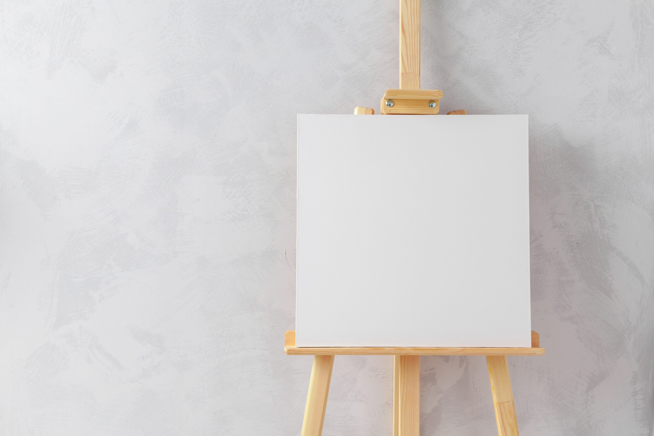 How to Set Up a Wooden Art Easel